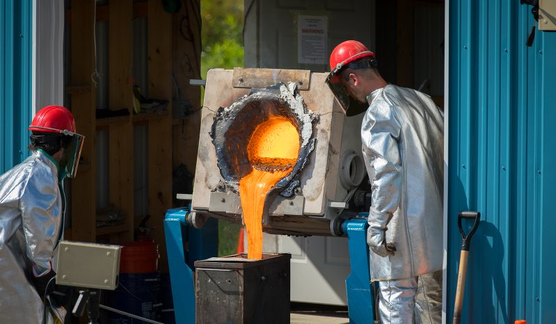 Wie kann man selbst Magma herstellen?