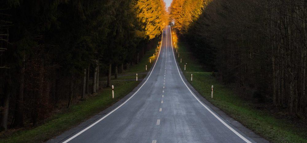 Seit wann gibt es asphaltierte Straßen?