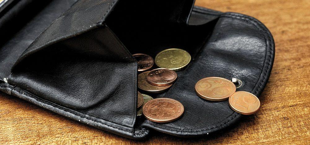 Experiment: Stibitzen Menschen eher kleine oder große Geldbeträge?