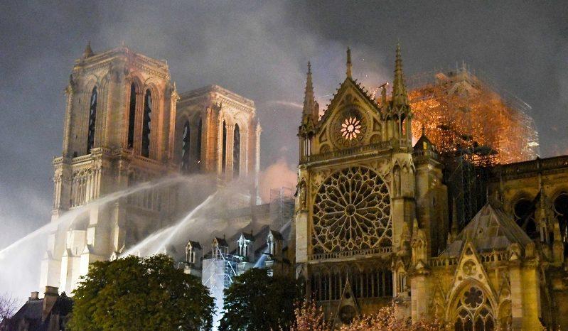 Wie wird Notre-Dame rekonstruiert?