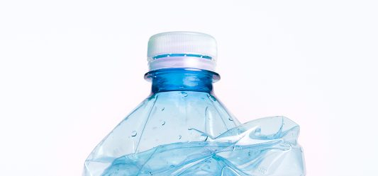 Was hilft gegen Mikroplastik?