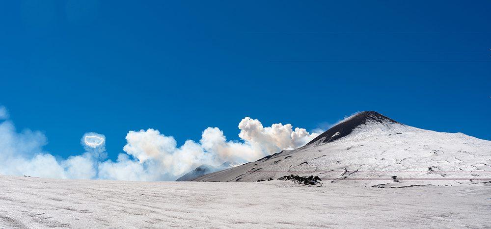 Ätna und Co.: Blasen Vulkane Ringe aus Rauch?